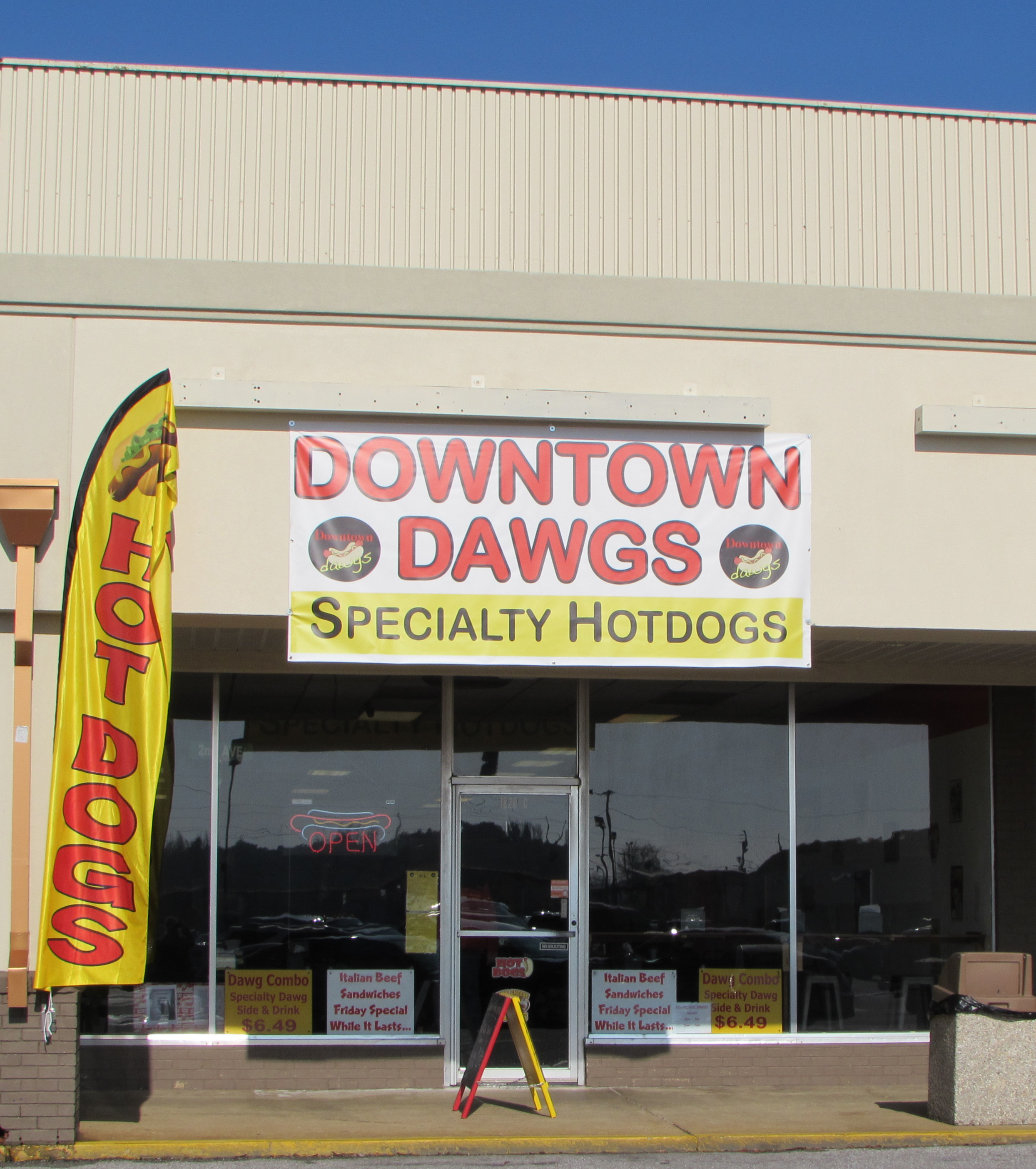 Downtown Dawgs Exterior